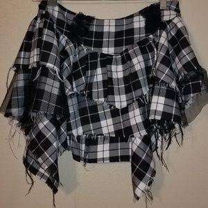 Hot topic small mini skirt